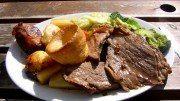 A Sunday roast to be banned? (Wikipedia)