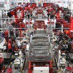 Menschen müssen sich nicht bei Musks neuem Tesla Model 3 Factory bewerben
