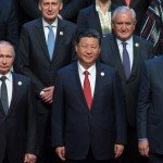 Världsledare samlas i Peking medan USA sjunker till irrelevans
