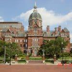 Johns Hopkins Badacz publikuje szokujący raport na temat szczepionek przeciw grypie