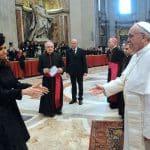 Påven Francis bestrider klimatförnekare som 'perverse'