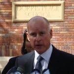 """Guvernør Jerry Brown overfor Vatikanet trofast: """"Vi har brug for en total, jeg kan sige 'hjernevask'"""""""