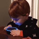 Warnung: Halten Sie Amazon Alexa von Ihren Kindern fern