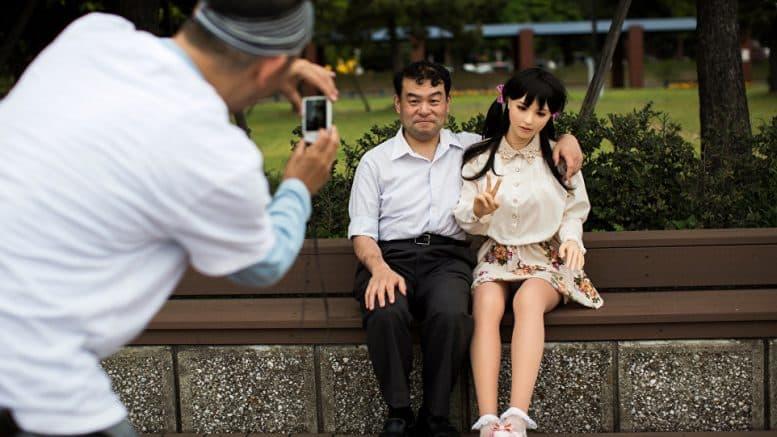 japansk sex roboterstore kuk gutter pics