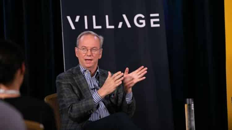 Trilateral Eric Schmidt: Internet Will Split In Two by 2028 With Rise Of China