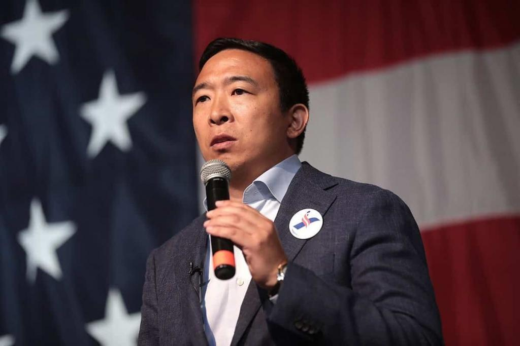 Andrew Yang Tehnopopulist