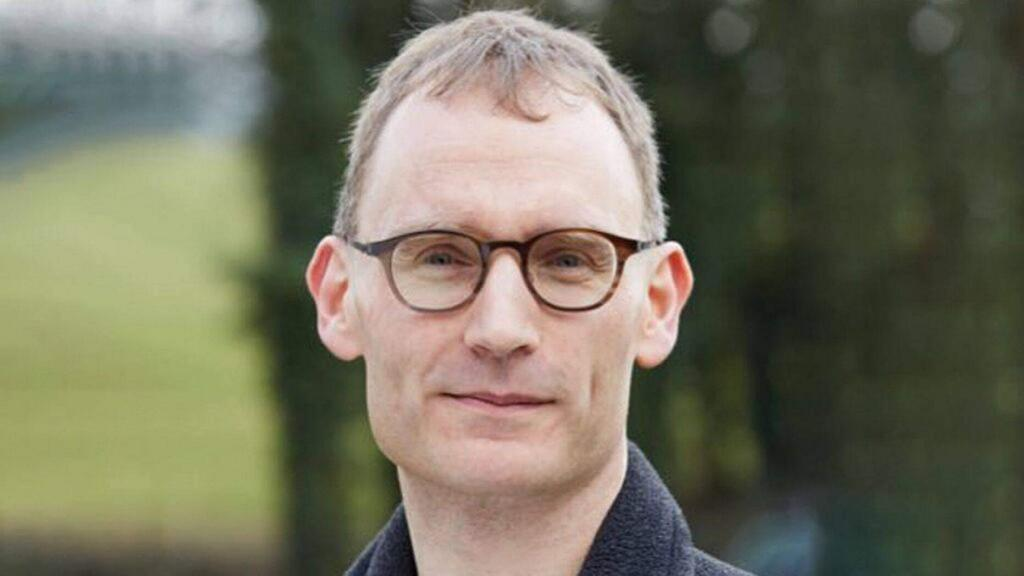 Profesor Neil Ferguson